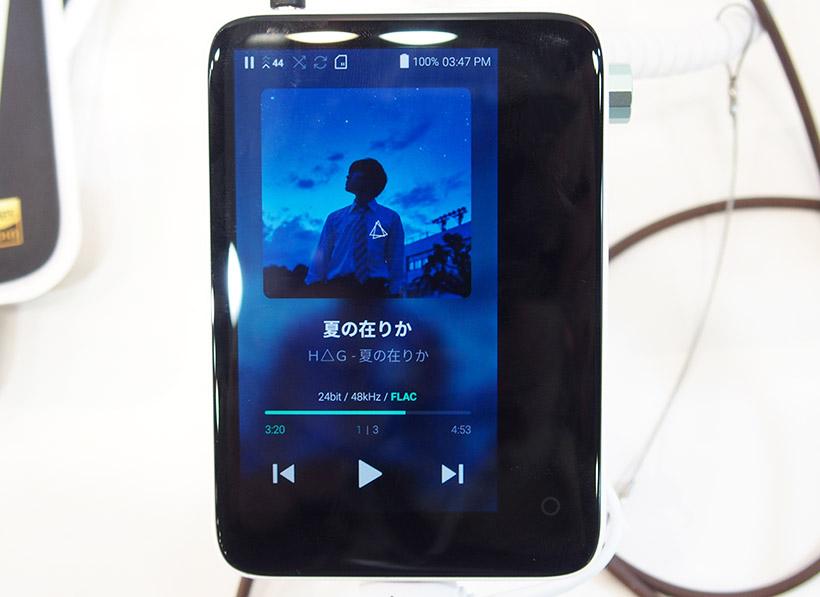 ↑Grooversの音響機器ブランドACTIVOからリリースされた小型軽量のDAP