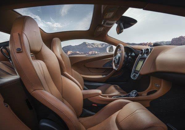 マクラーレン 570GT向けスポーツパックとデザイン・エディション投入によりスポーツシリーズを強化 デザイン・エディション・パック