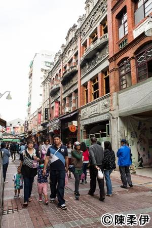 問屋街として長い歴史を持つ迪化街も様変わり。新旧文化が交差するスポットに