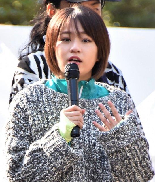 洋服が素敵な島田晴香さん