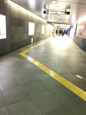s_地下鉄風景[1].jpg