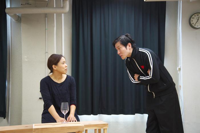 ブス会*「男女逆転版・痴人の愛」稽古場より 撮影:曳野若菜