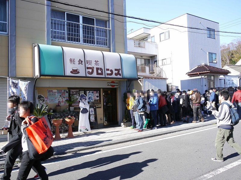 大洗では美味しくてボリュームのある店も多く、POPだけでなく店をファンが支持していたりするので、この行列。