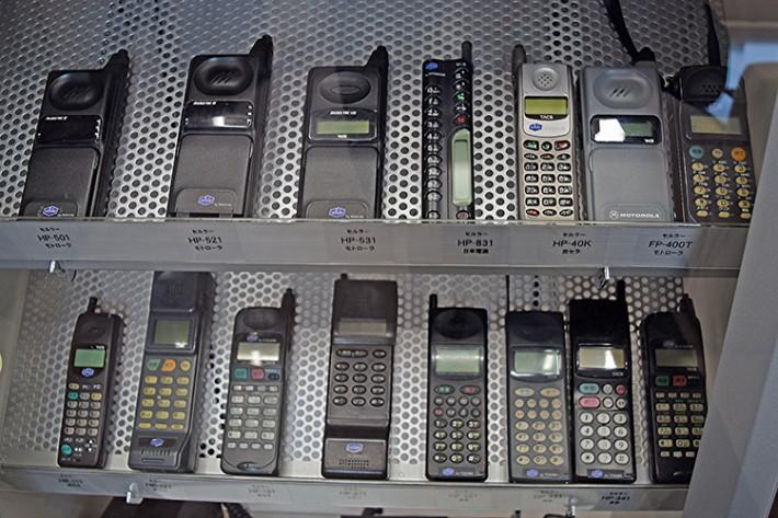 ビジネス利用が主だった、通話機能のみの初期の携帯電話
