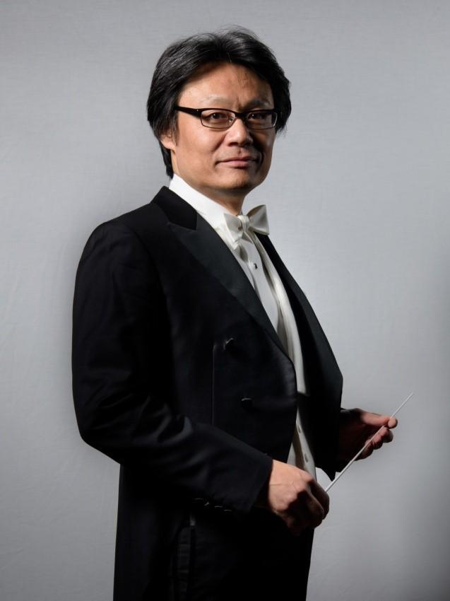 来シーズンで常任指揮者を退任する寺岡清高 (C)木村護