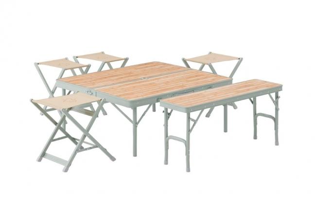 テーブルの高さを2段階で調整可能。ローポジションにすれば、お子様でも使いやすい高さに早変わり。