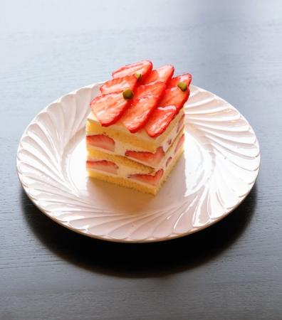"""淡路島菜園""""紅ほっぺ""""のクラシカルショートケーキ"""