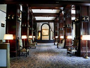 ホテルニューグランド本館1階 コーヒーハウス「ザ・カフェ」
