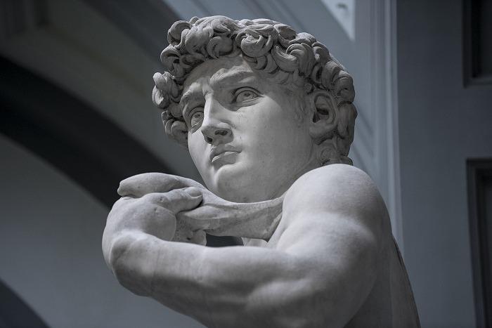 『ダヴィデ』 アカデミア美術館 (R)デビッド・ビッカースタッフ