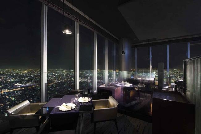 大阪の夜景を一望できる特別な空間をご用意