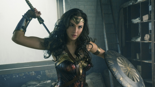 WONDER WOMAN and all related characters and elements (C) & (TM) DC Comics and Warner Bros. Entertainment Inc.