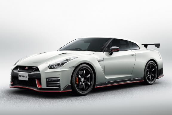 日産 GT-R NISMO 2017