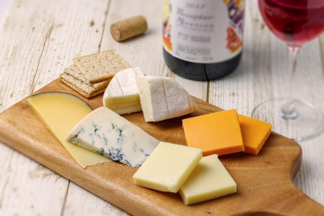 ビールにもワインにも合うんですよね~♪ あなたの好きなチーズは?