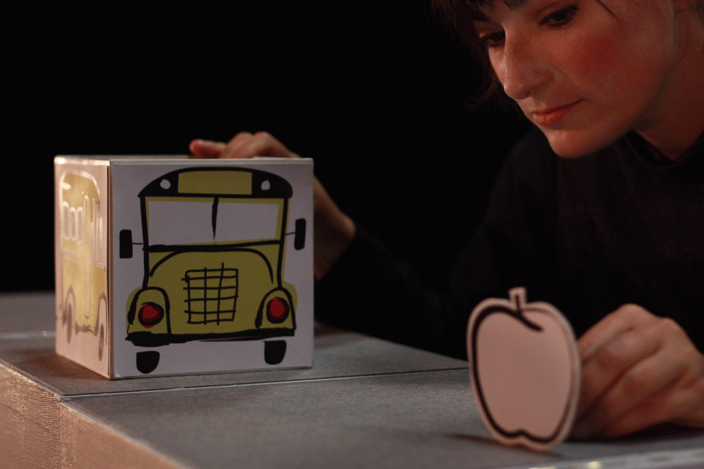 プチ・アーム劇場『POMME-りんごの話』(カナダ)