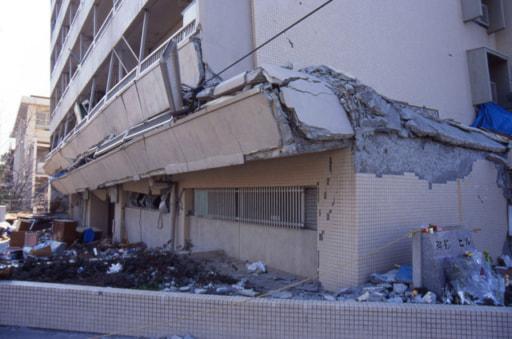 地震 マンション 崩壊