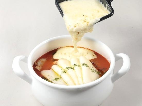 「太陽のチーズラーメン麺 with 魅惑のラクレット」
