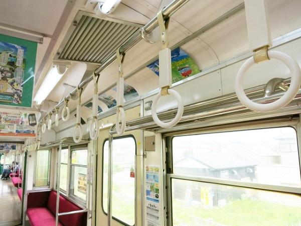 電車内にニオイのする食べ物の持ち込みは許せる?