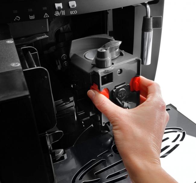 抽出ユニットは簡単に取り外して洗うことができます