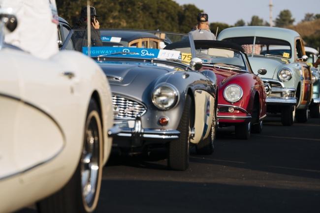 クラッシックカーから最新モデルカーまで80台以上が集結