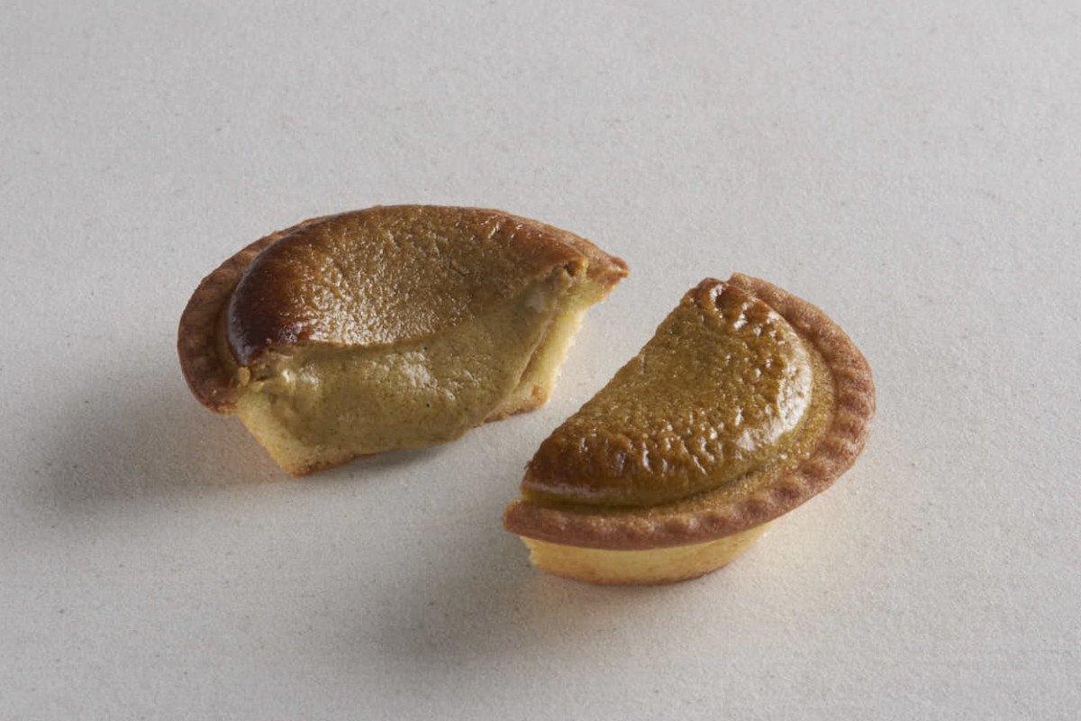 BAKE CHEESE TART「加賀棒茶チーズタルト ほうじたて」断面