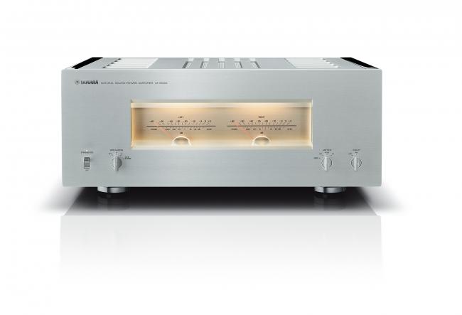 ヤマハ パワーアンプ 『M-5000』 カラー:(SP)シルバー/ピアノブラック 本体価格900,000円(税抜)