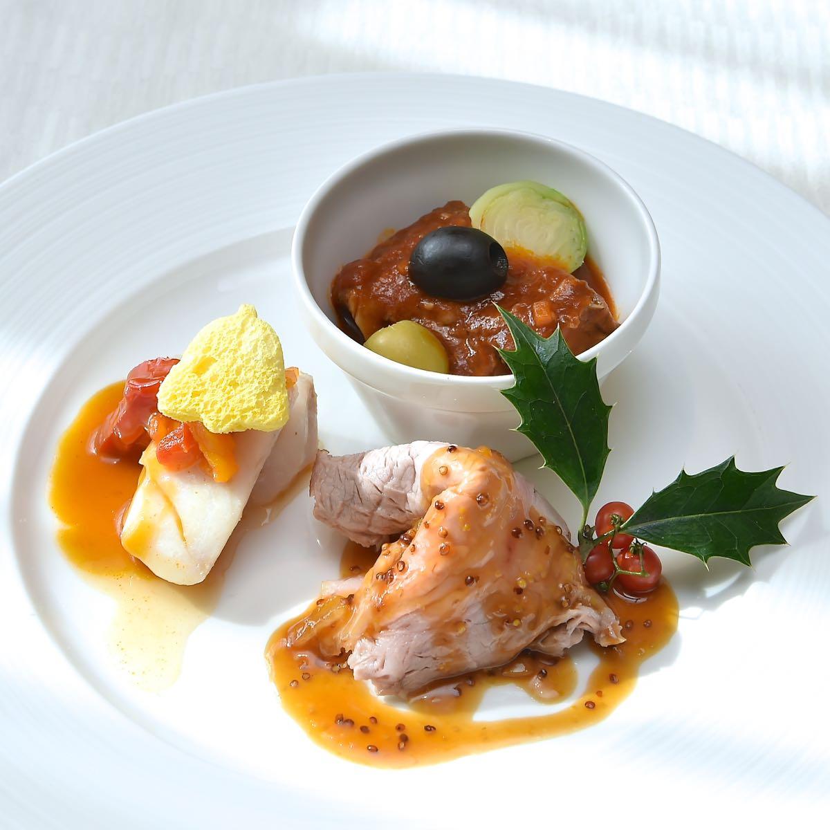 白身魚のスチーム ピペラード添え/ビーフの煮込み/ローストポーク 柚子マスタードソース