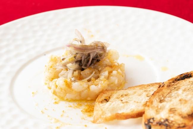 手長海老とういきょう、ボッタルガのタルタル仕立て スカローニョとキャビアのインサラ―タ、ブルスケッタ添え