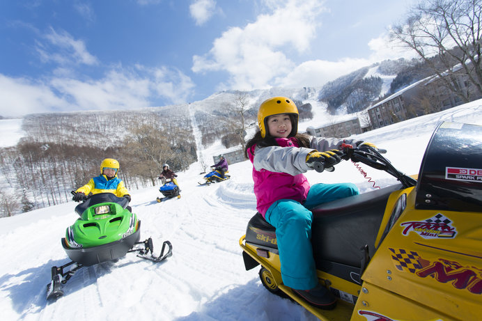"""元祖""""雪の遊園地""""ならではのアトラクションの充実度がハンパない「タングラムスキーサーカス」"""
