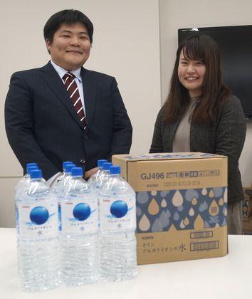 レンゴー・長田真一郎氏(左)、キリンビバレッジ・図子久美子氏(右)