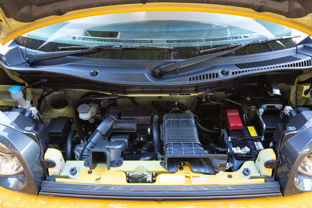 グレードは「ハイブリッドXZ」と「ハイブリッドXZターボ」の2種類。駆動方式はFFと4WD