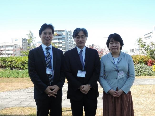 左より、猪股 雅史先生、波多野 豊先生、 佐川 倫子先生