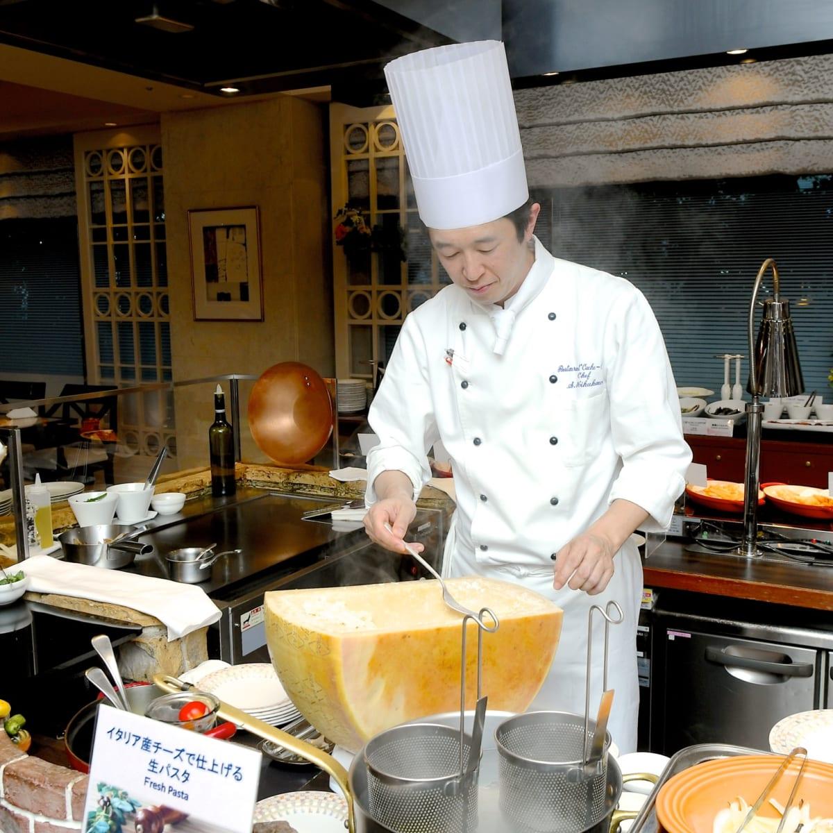 イタリア産チーズで仕上げる 生パスタ 調理