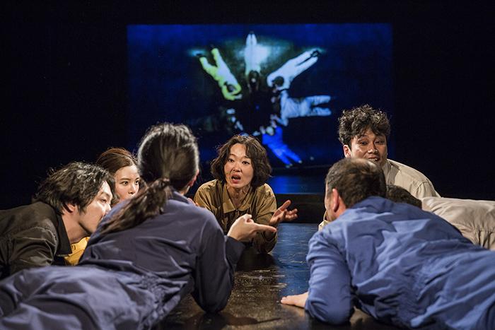 「おーい でてこーい」 (C)Nah Seung-yeol, provided by National Theater Company of Korea ※前回公演より