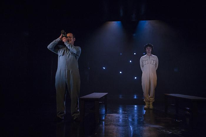 「宇宙の男たち」 (C)Nah Seung-yeol, provided by National Theater Company of Korea ※前回公演より