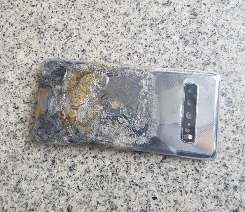 Galaxy S10 5G 発火