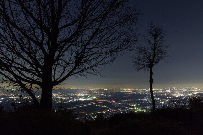 標高300mから見下ろす京都、奈良、大阪のパノラマビューは圧巻!