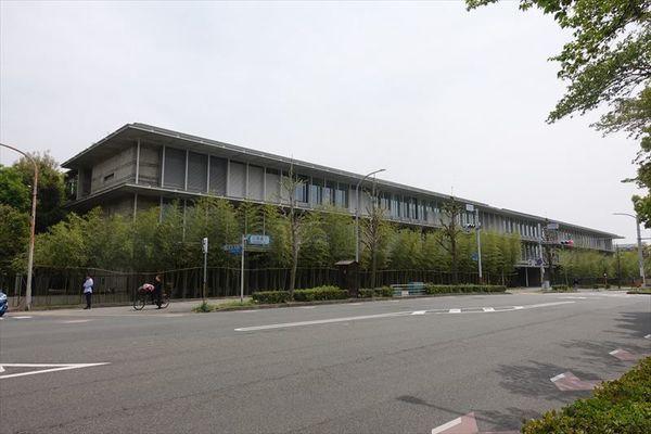 京都大学 稲盛財団記念館