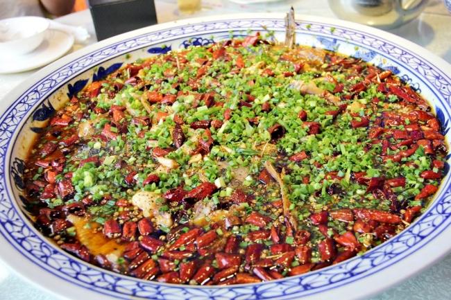 第四弾で食べた重慶の地方料理「来鳳魚」