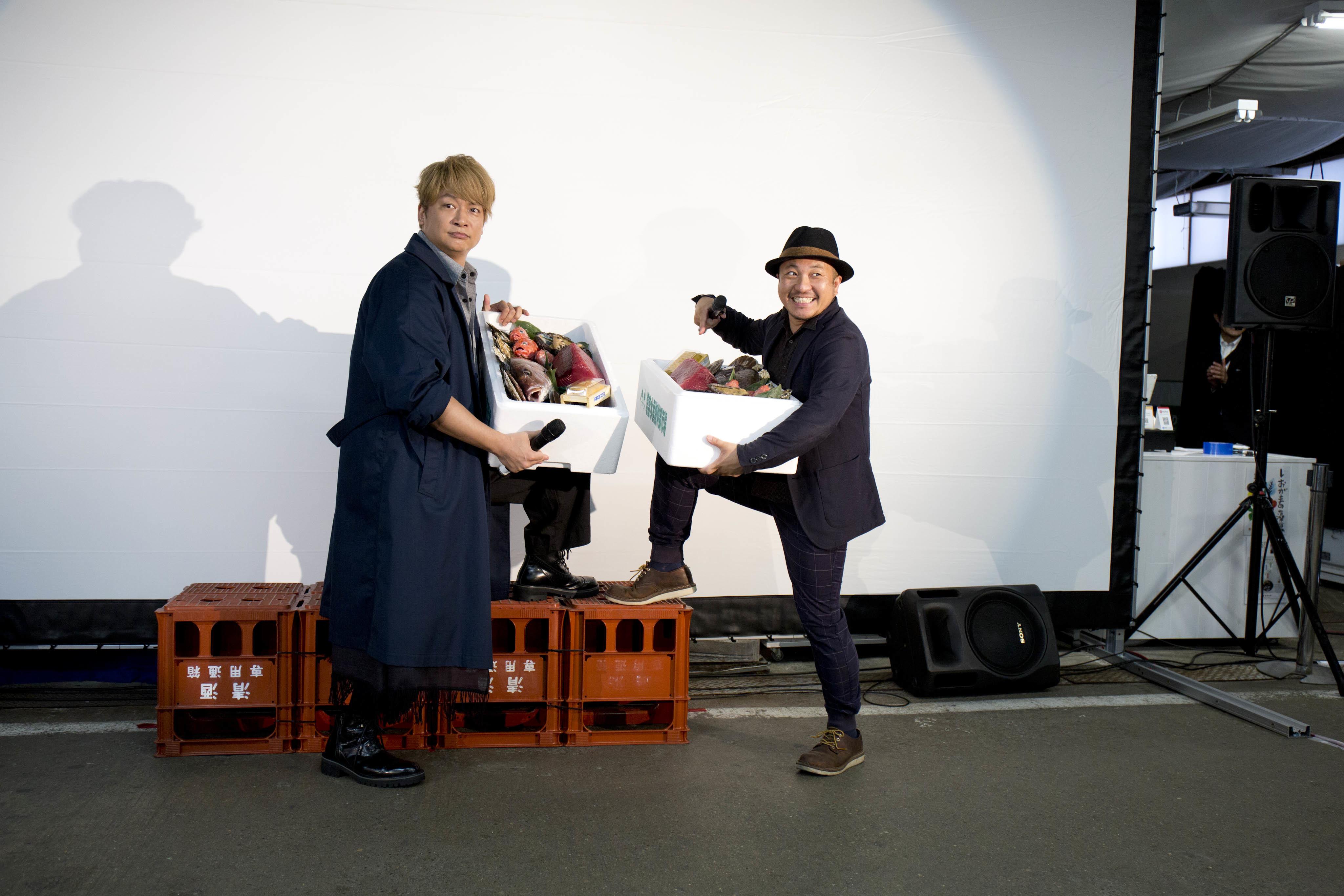 左から、香取慎吾、白石和彌監督 『凪待ち』完成報告試写会