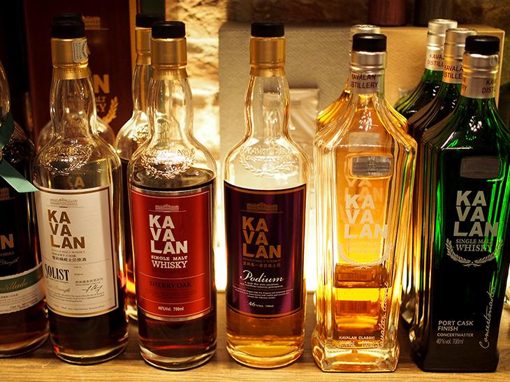 カバランひとつをとってもこれだけの種類がある。同じウイスキーでもいまの12年ものと1980年代の12年ものでは別物として認識されるのがウイスキーの世界
