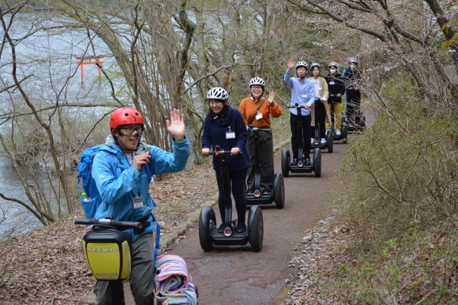 ■箱根芦ノ湖セグウェイ自然体験ツアー