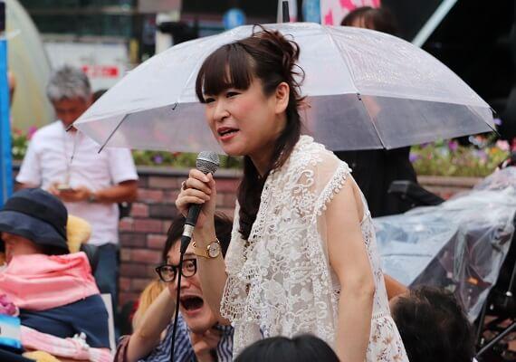 雨宮処凛さん