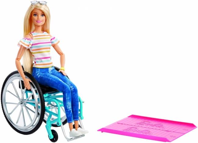 車椅子に座ったバービー人形が発売