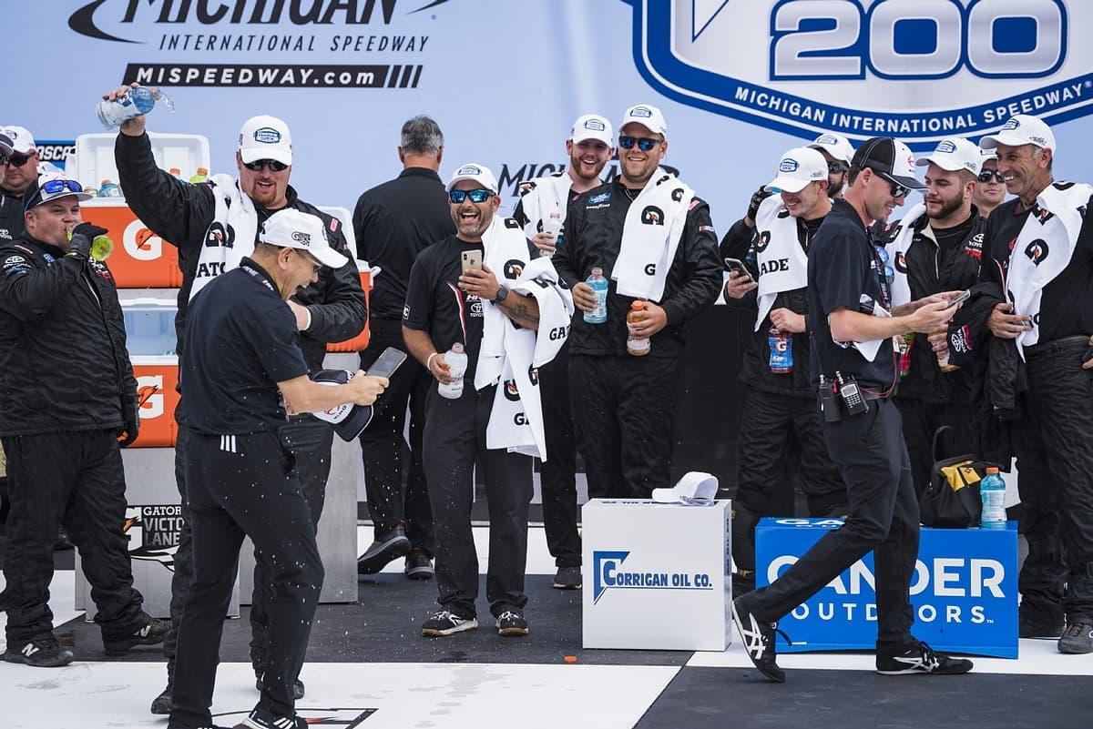 ナスカーでHREが今季2勝目を獲得