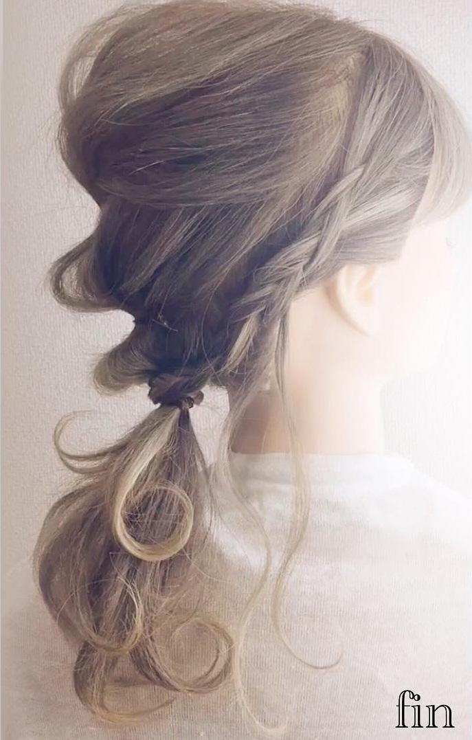 上品さにサイドの編み目でかわいさをプラス♡ふんわりすっきりローポニー♪top 2