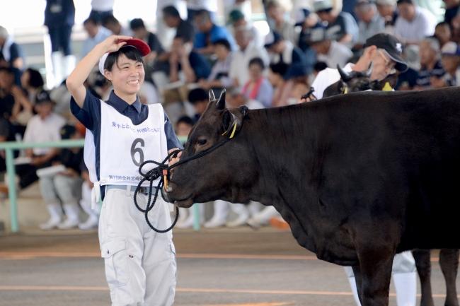 宮崎県立小林秀峰高校が全国和牛能力共進会で快挙