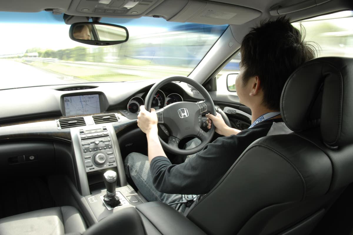 ゴールド免許など新運転免許制度ができたのは平成6年