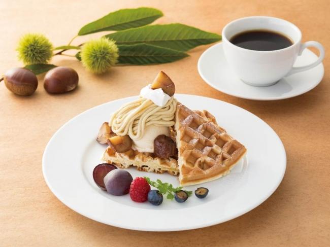 モンブランクリームの デザートワッフル※コーヒーまたは紅茶付き