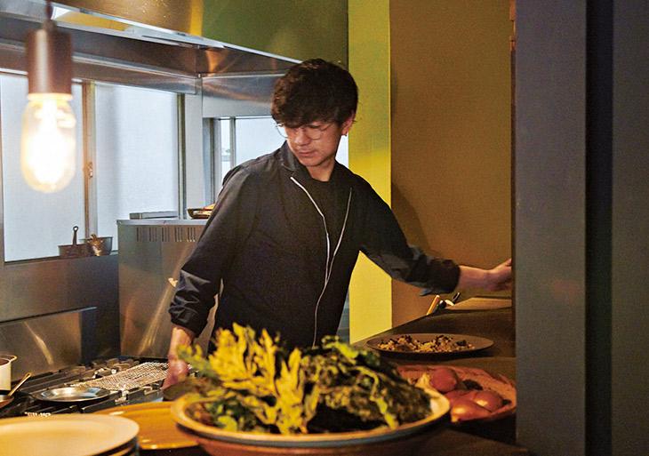高須さんはヘアスタイリストからシェフに転身した個性派。「最近は郷土料理に興味があります。懐かしくて楽しい味をフレンチで表現したい」とのこと