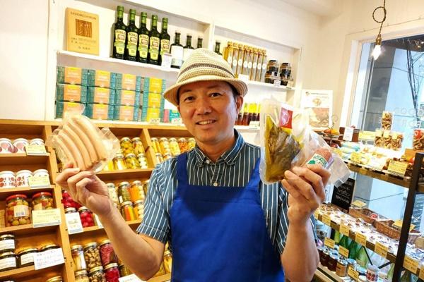 佐渡マーケットでは佐渡の「美味しい!」を販売。GOOD FORTUNE FACTORY